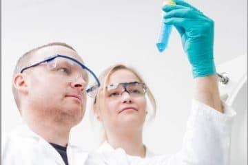 Centrífugas para laboratórios de Biologia Celular 8